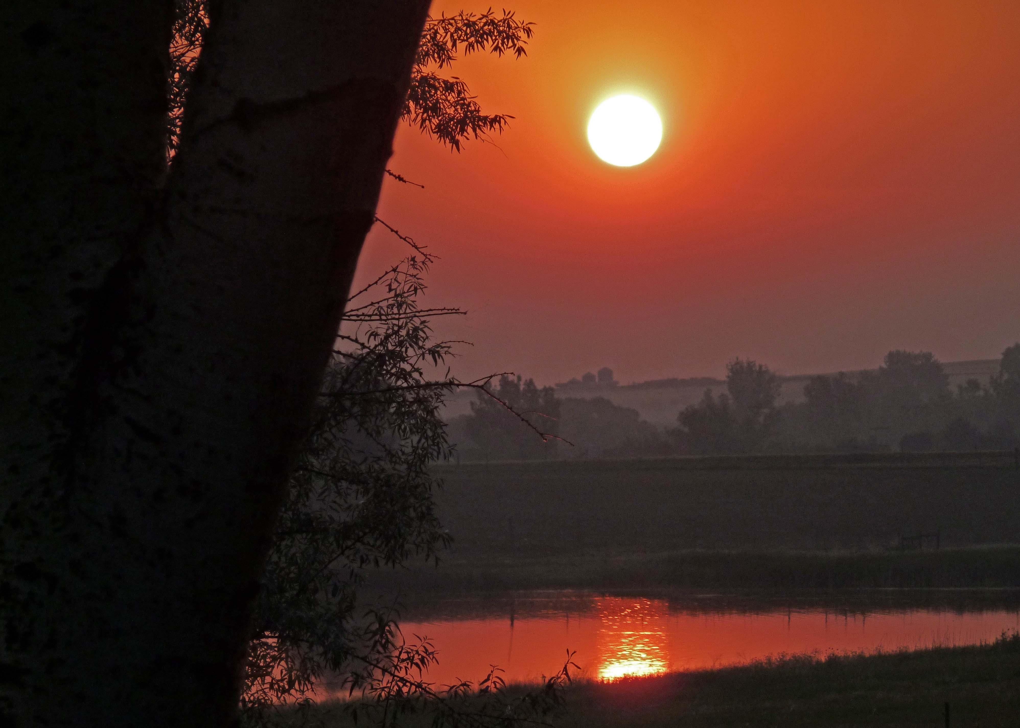 Dawn lake (1)